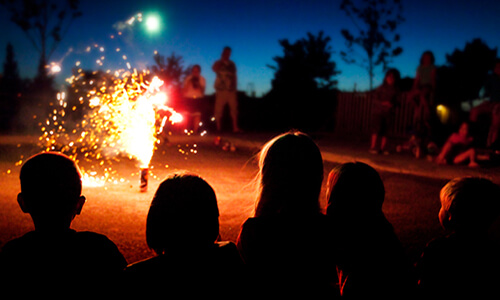 kids-and-fireworks