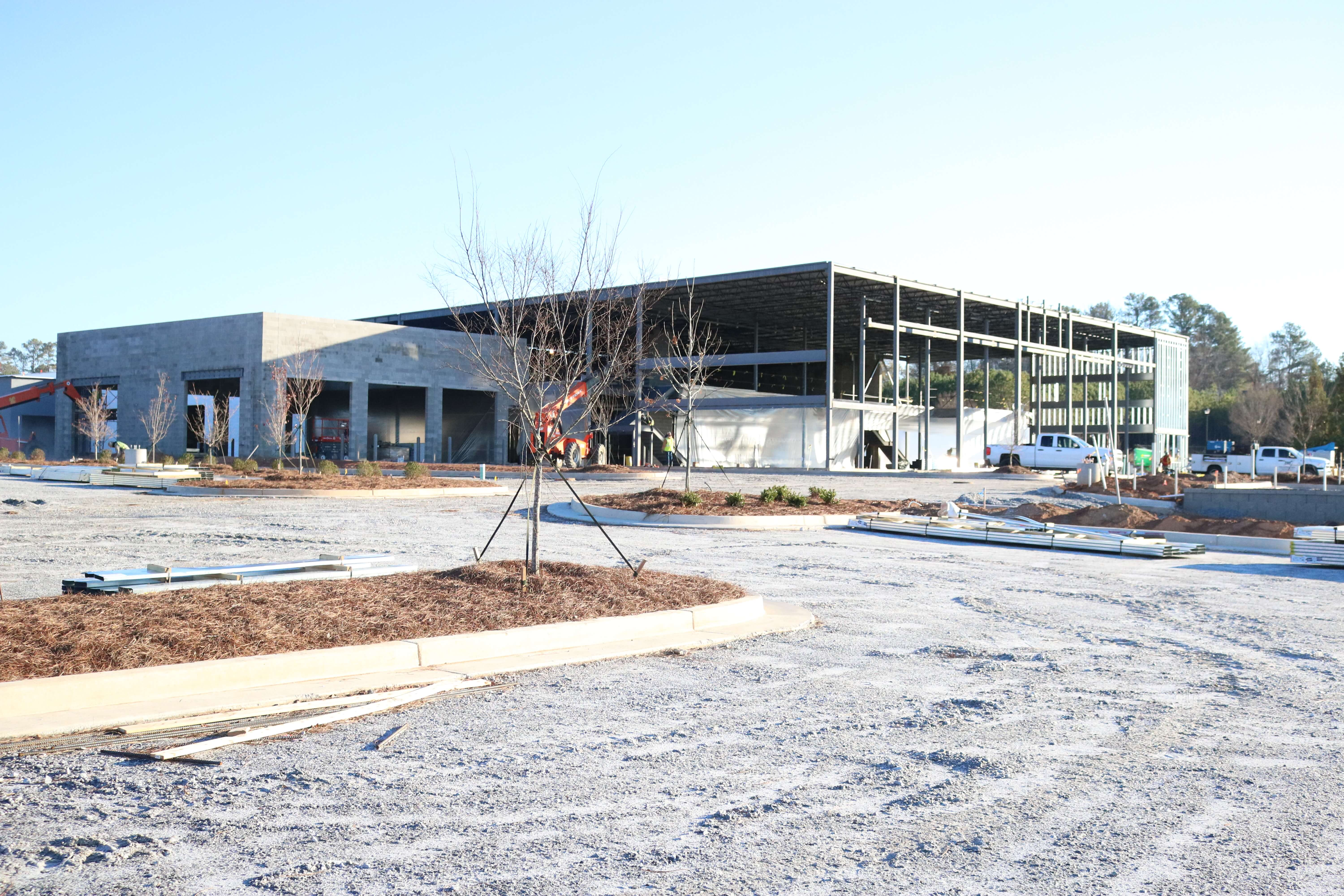 Sutherlin Nissan is expected to open this spring.